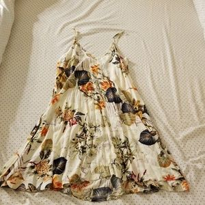 Flowery white sun dress